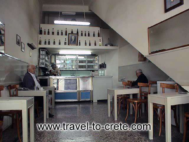 HERAKLION - Traditional Cretan Kafenio (cafe)