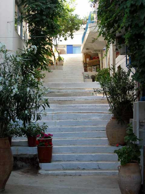 Elounda street - A street in a  village named Elounda. It's close to the famous city of Agios Nikolaos ( it's a kind of our St Tropez in France).