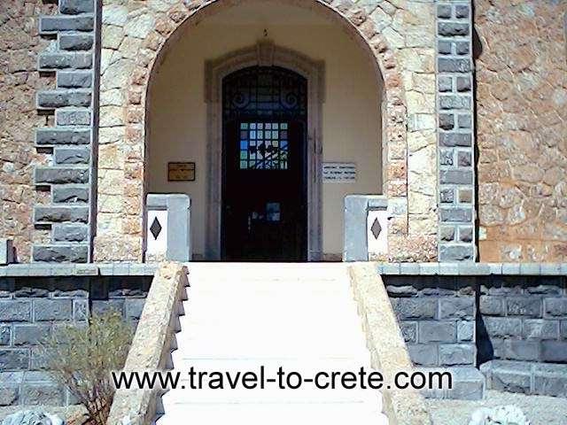 Popular museum -