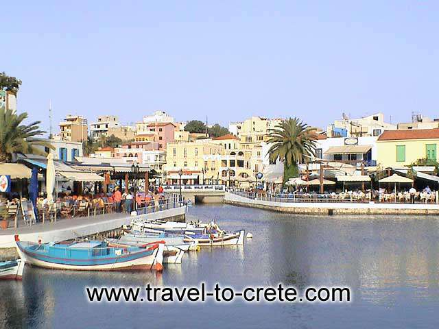 Fishing boats and restaurants - The well known port. This is the spot with the bridge over the canal between the lake and the sea