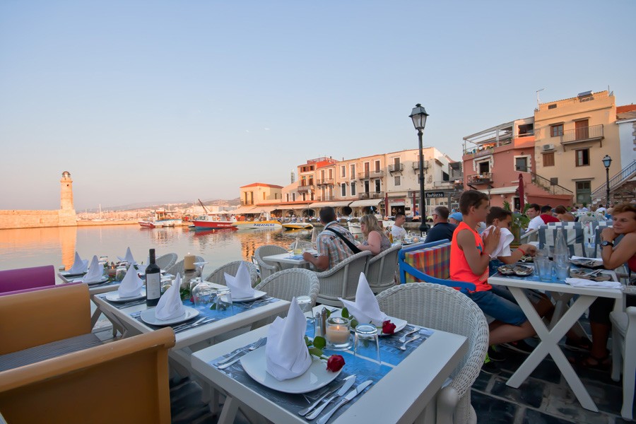 CAVO - DORO  FISH RESTAURANT IN  42, Nearchou str. - Old Venetian port