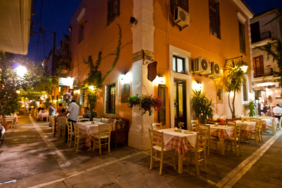 The Castello Restaurant in old Town of Rethymno CLICK TO ENLARGE
