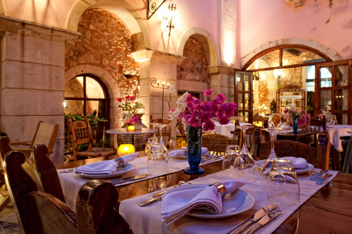 VENETO - RESTAURANT IN  4, Epimenidou str. - Old Town