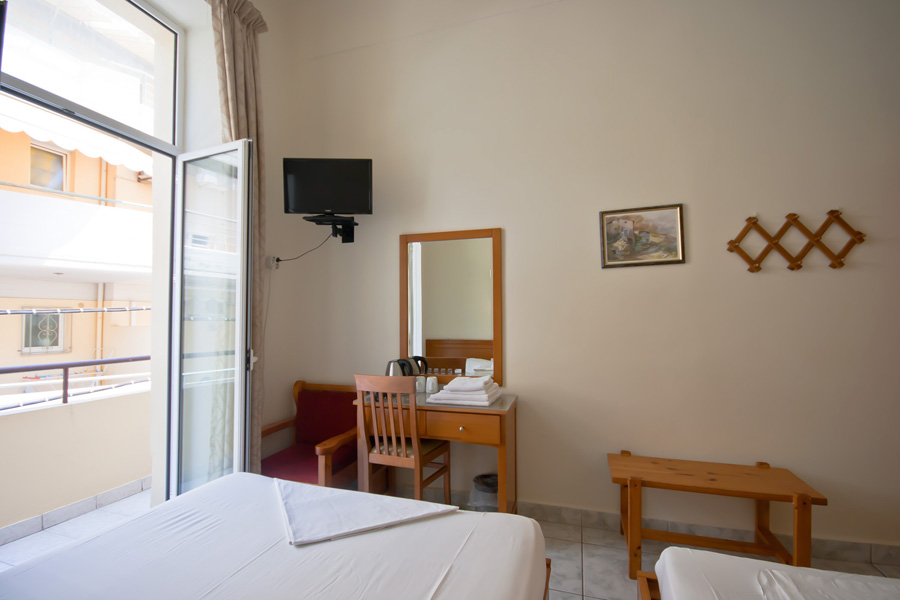 The Room for 4 persons of Hotel Lena CLICK TO ENLARGE