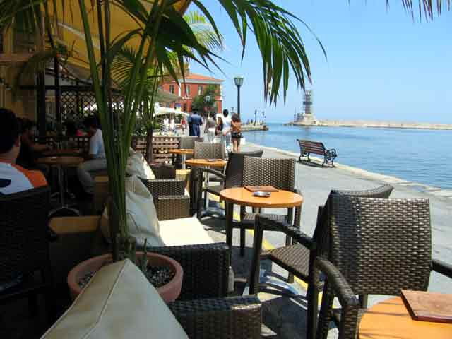 Kinimatografos Music Club - Cafe in old Venetian Port of Hania CLICK TO ENLARGE
