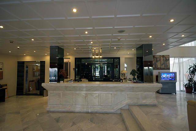 LIBERTY HOTEL  HOTELS IN  Moatsu and Prevelaki str. - Center
