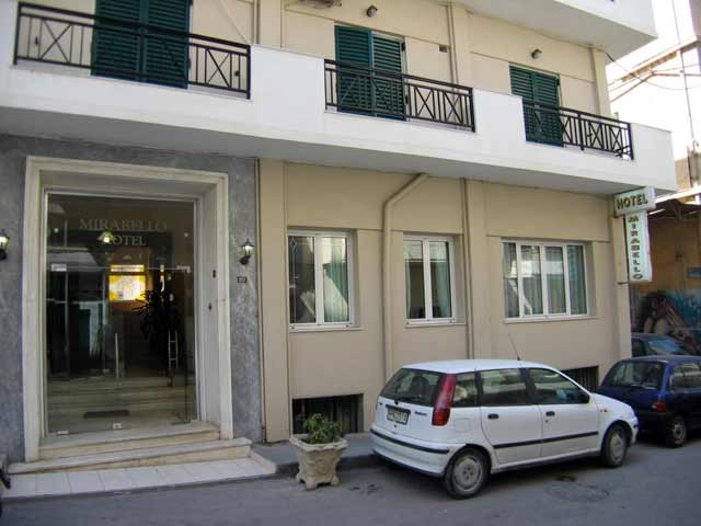 The entrance of Mirabello Hotel CLICK TO ENLARGE