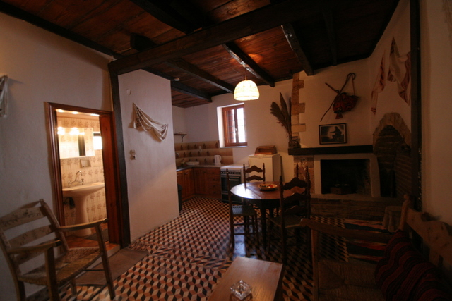 KASTELI STUDIOS  HOTELS IN  39, Kanavaro str. - Old  Town  Chania