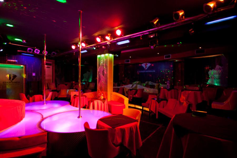 Diamonds Prive Show Club - The Club inside - Kato Stalos - Hania - Crete CLICK TO ENLARGE