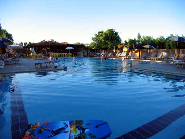The pool of Camping Hania - Ag. Apostoli - Hania - Crete CLICK TO ENLARGE