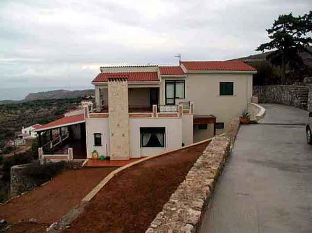 New villa in Kokkino Chorio CLICK TO ENLARGE