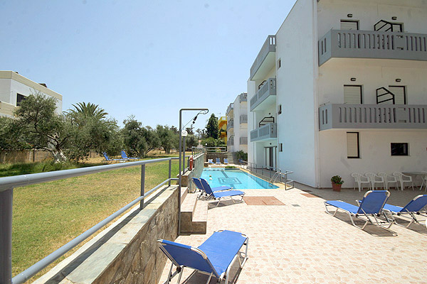 APARTMENTS  POPI  HOTELS IN  Agia Marina - Chania