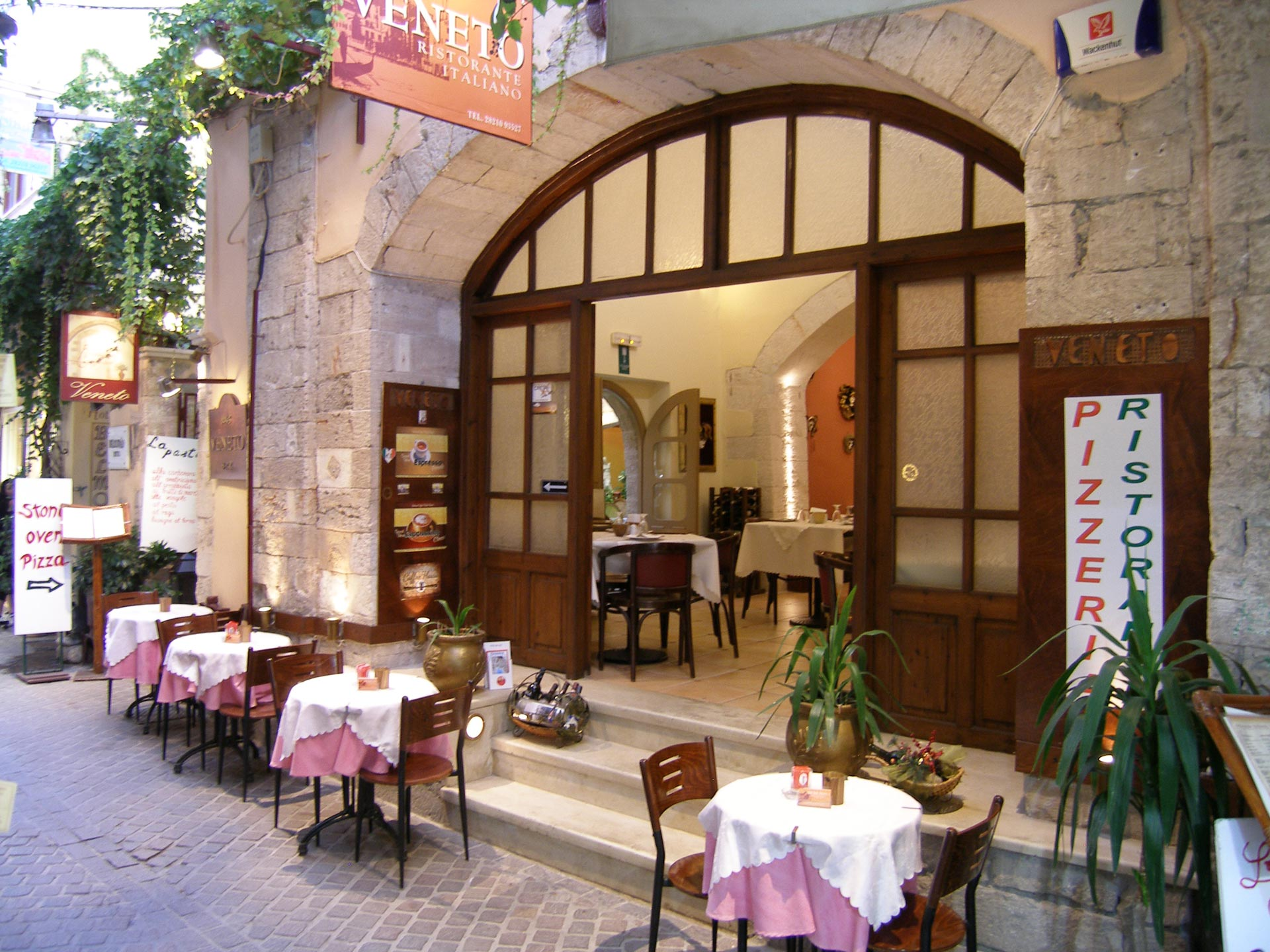 Veneto ristorante italiano Restaurants in Chania Crete Greece