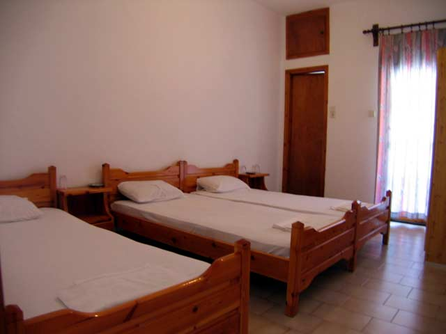 The triple room of Iligas Pension with 3 beds CLICK TO ENLARGE