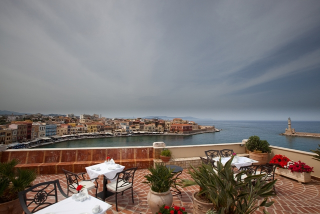 PANDORA SUITES  HOTELS IN  Lithinon 29 - Old Venetian port