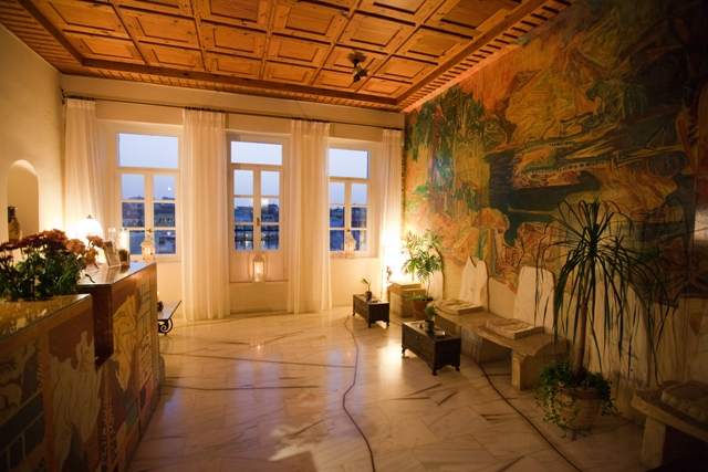 From the big veranta of the suite you can enjoy the wonderful view CLICK TO ENLARGE