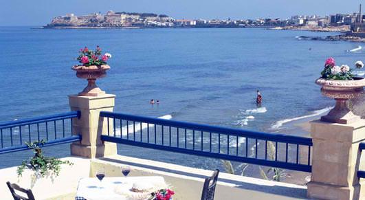 DELFINI BEACH HOTEL IN  89, Stamathioudakis Str