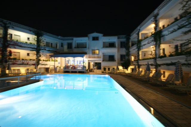 ARIADNE HOTEL APARTMENTS IN  171, Mahis Kritis Street - Platanes