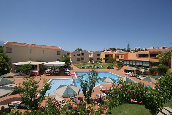 GOLDEN SAND  HOTELS IN  Chrissi akti - Chania