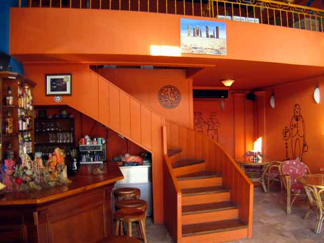 Inside view of Ippopotamos Mexican Restaurant - Pizza CLICK TO ENLARGE